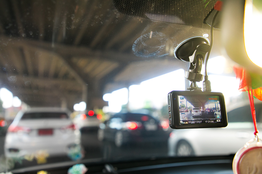 Dash Cams Can Supply Evidence After a Car Accident   Sawan